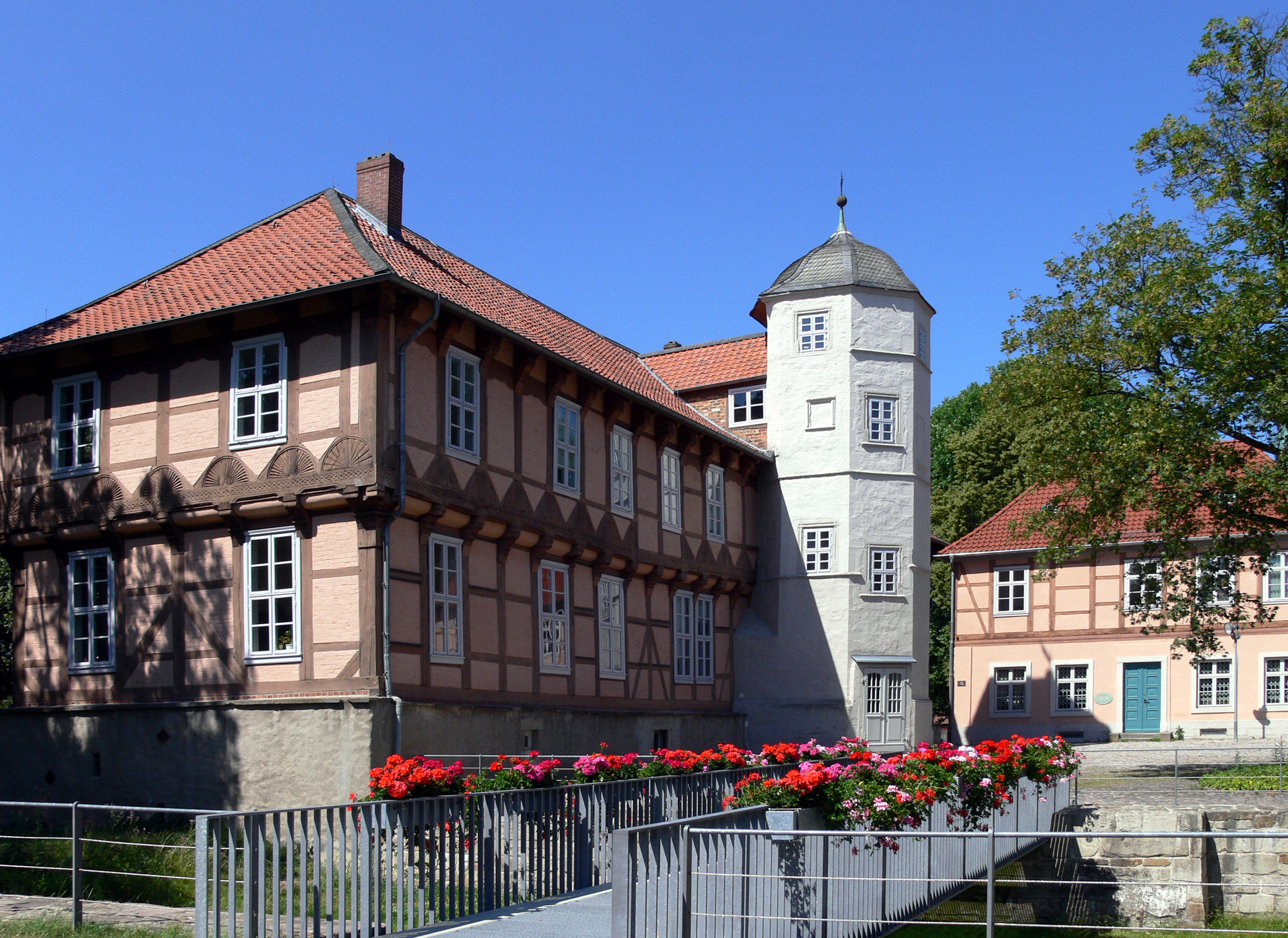 The front of the Hoffmann von Fallersleben Museum